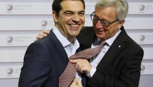 Grecia: siparietto Tsipras-Juncker a Riga
